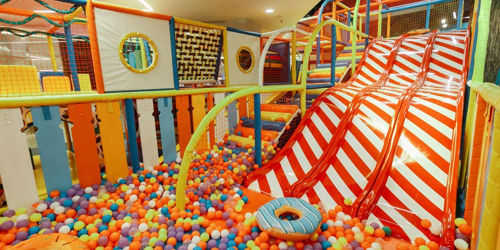 Детский развлекательный комплекс в Санкт-Петербурге
